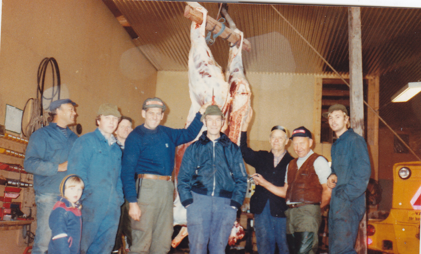 Senneby Jaktlag 1983. Bengt Lundin, Fredrik Reinsson, Lennart Reinsson, Henry Mattsson, Elex Pålsson, Göte Jansson, Ragnar Westerberg, Gösta Karlsson, Peter Jansson