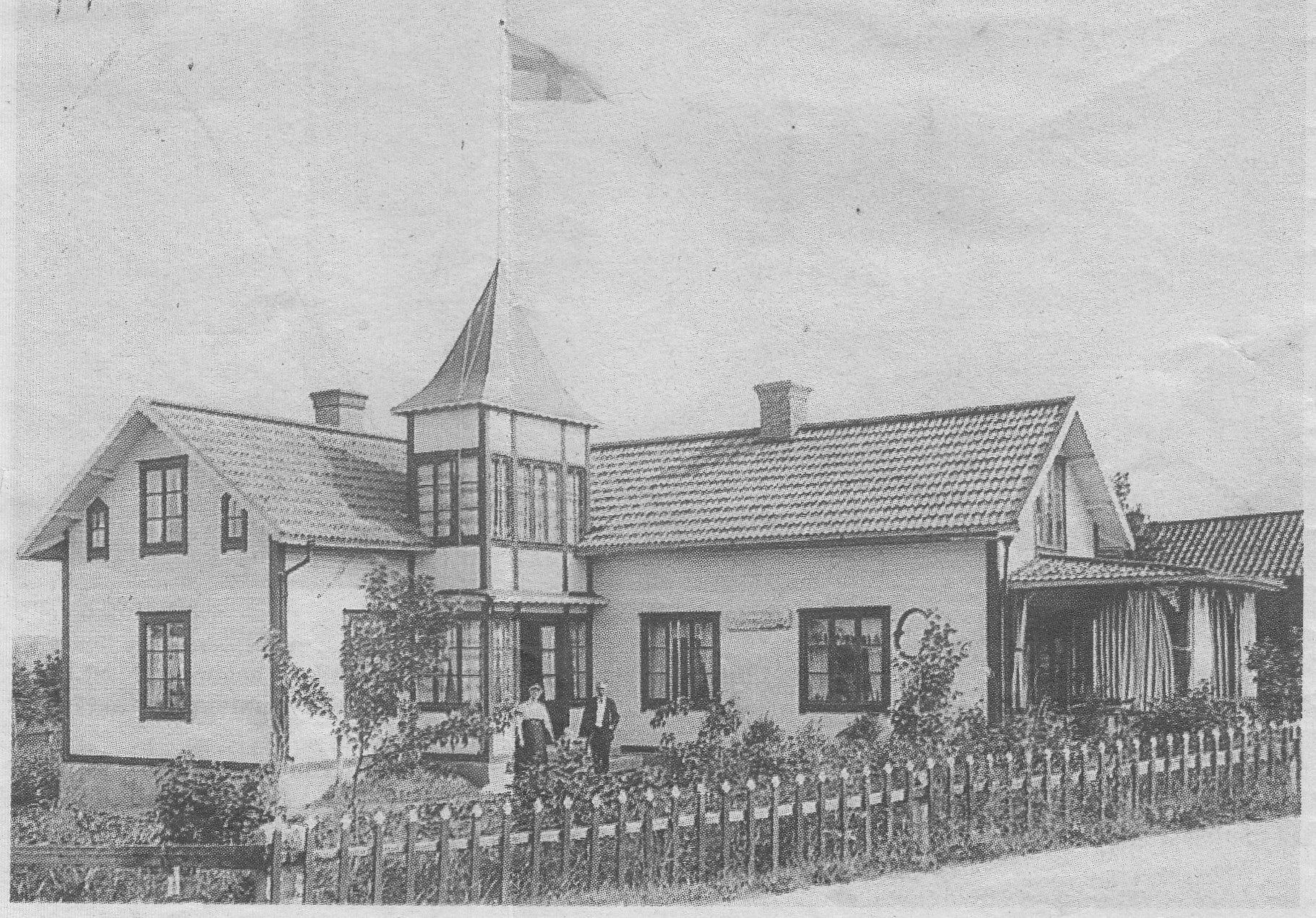 Elmsta omkring 1912. Charlotta och Frans Gottfrid Wicklander drev kaféet. Bild ur Norrtälje tidning.