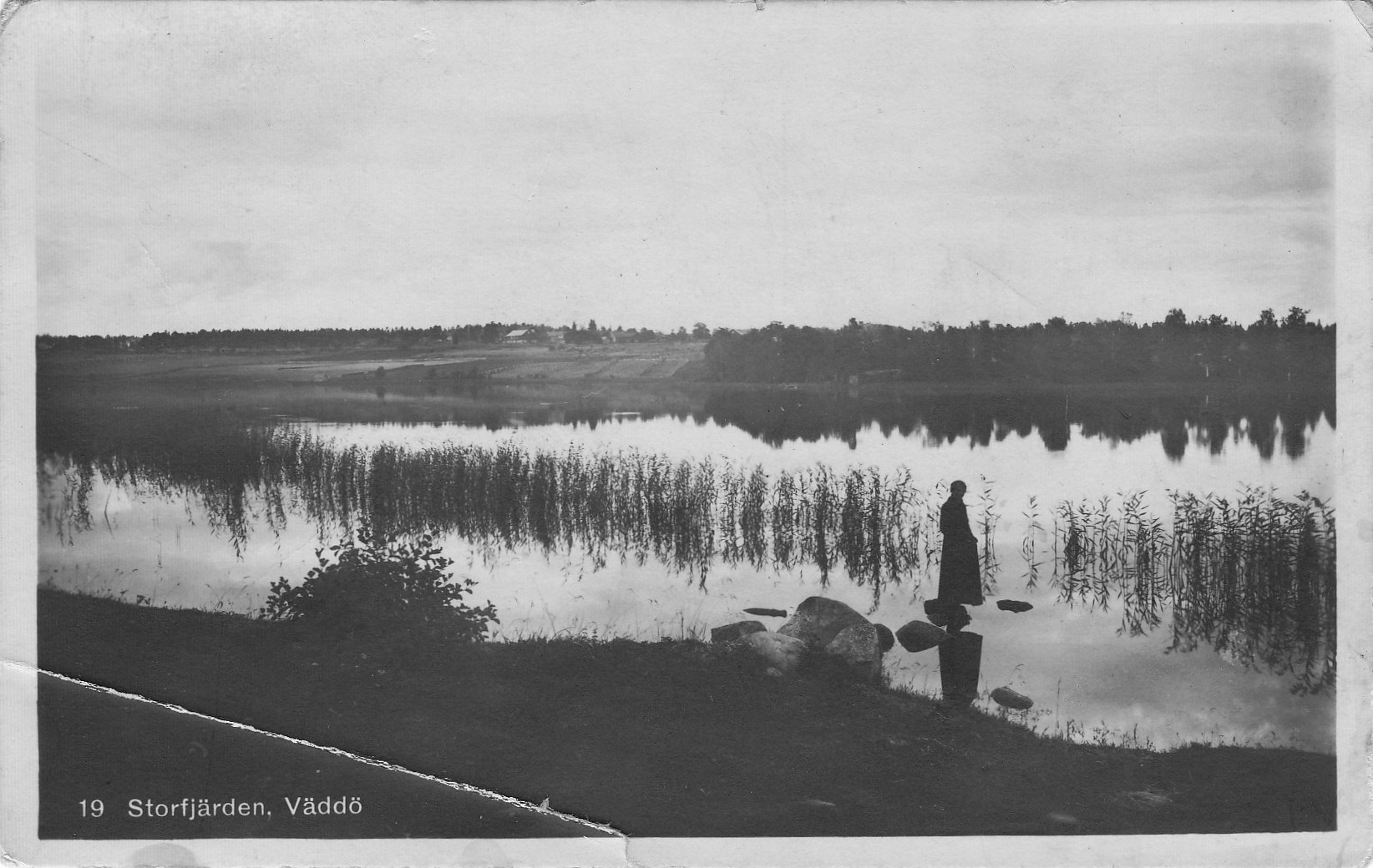 Namnstadskort skickat 1921.Storfjärden med Södersunds byggnader i bakgrunden.